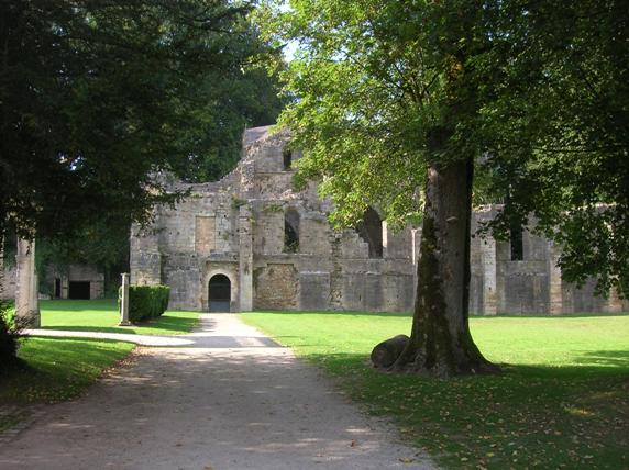 trois fontaines abbey